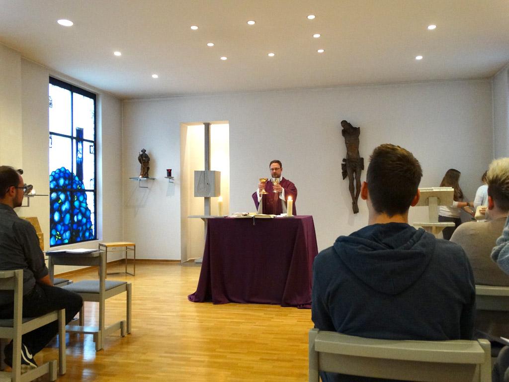 Hl. Messe mit dem Spiritual Andreas Rohde